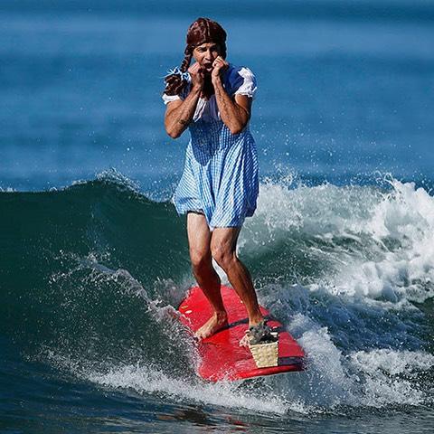 surfing-dorthy
