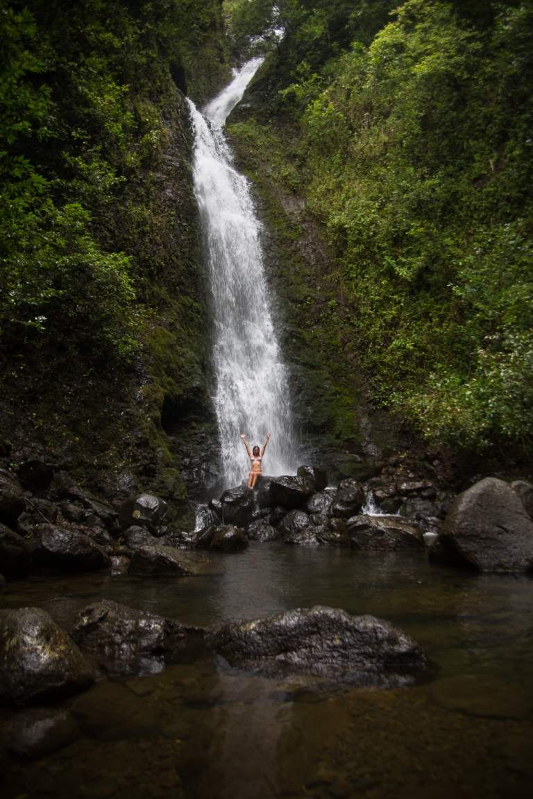 thegoldfishescapades_waterfall_hawaii